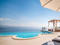 Casa de vacaciones 1340770 para 8 personas en Lovran