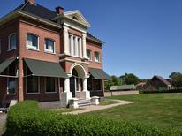 Semesterhus 1340892 för 12 personer i Menterwolde