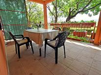 Ferienwohnung 1341171 für 5 Personen in Starigrad-Paklenica