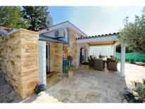 Villa 1342618 per 6 persone in Kadumi