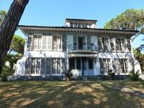 Ferienhaus 1342873 für 10 Personen in Marina Di Massa
