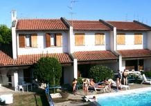 Ferienwohnung 1344892 für 6 Personen in Lido delle Nazioni