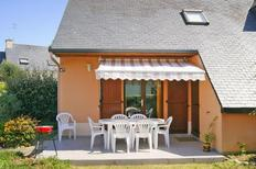 Studio 1345510 for 2 adults + 2 children in Guidel-Plages