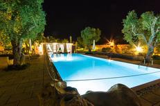 Casa de vacaciones 1345616 para 14 personas en Carpignano Salentino