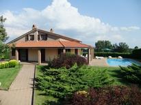 Ferienhaus 1347125 für 10 Personen in Lubriano