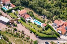 Villa 1347488 per 8 persone in Ripenda Kras