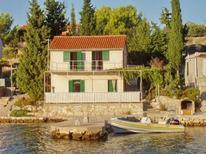 Ferienhaus 1348794 für 8 Personen in Bucht Bizakovica