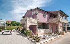 Rekreační dům 1349307 pro 8 osob v Hrvace