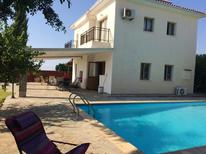 Casa de vacaciones 1350789 para 9 personas en Argaka