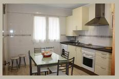 Appartement 1350964 voor 7 personen in Oviedo