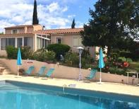 Ferienhaus 1351427 für 5 Personen in Ansouis
