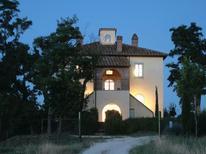 Ferienhaus 1351466 für 7 Personen in Chiusi