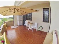 Appartement 1351658 voor 4 personen in Trani