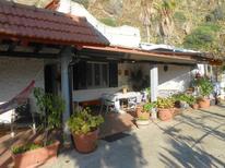 Ferienhaus 1351669 für 7 Personen in Palmi
