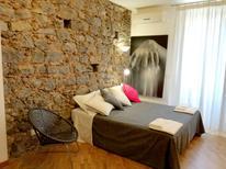 Ferienwohnung 1352099 für 5 Personen in Catania