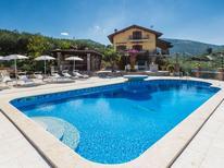 Ferienhaus 1353106 für 10 Personen in Sonnino