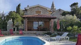 Maison de vacances 1353158 pour 7 personnes , Poljica auf Krk