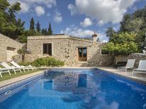 Ferienhaus 1353208 für 12 Personen in Lloseta