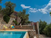 Holiday home 1353377 for 4 adults + 2 children in Akrotiri