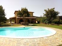 Ferienhaus 1353898 für 4 Personen in Gavorrano