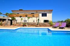 Ferienhaus 1354088 für 5 Personen in Llubi