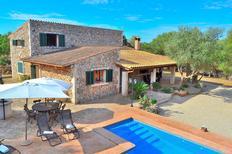Villa 1354089 per 7 persone in Llubi