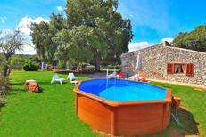 Ferienhaus 1354091 für 5 Personen in Llubi