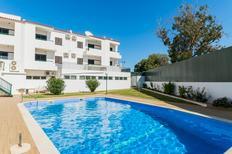 Ferienwohnung 1355002 für 6 Personen in Albufeira-Branqueira