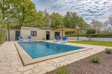 Ferienhaus 1355545 für 4 Personen in Susnjici