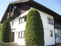 Ferienwohnung 1356523 für 3 Personen in Bernau am Chiemsee