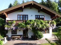 Ferienwohnung 1356729 für 5 Personen in Breitbrunn am Chiemsee
