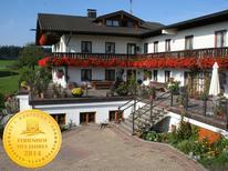 Appartement 1356945 voor 2 personen in Höslwang