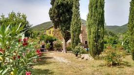 Semesterlägenhet 1359790 för 4 personer i Castellina Marittima