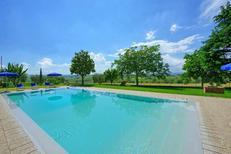 Ferienhaus 1360850 für 12 Personen in Fraticciola
