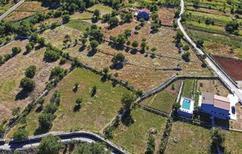 Ferienhaus 1361903 für 8 Personen in Primorski Dolac