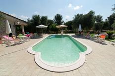 Ferienhaus 1361919 für 16 Personen in Muro Leccese