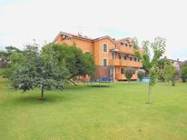 Ferienwohnung 1363165 für 4 Personen in Zambratija