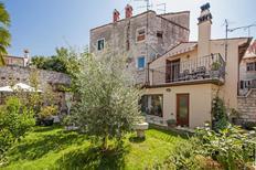 Vakantiehuis 1363633 voor 4 personen in Rovinj