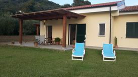 Ferienwohnung 1364220 für 2 Erwachsene + 1 Kind in Magazzini