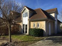 Ferienhaus 1364606 für 6 Erwachsene + 2 Kinder in De Banjaard