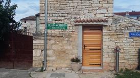 Appartement de vacances 1364912 pour 2 personnes , Rovinjsko Selo