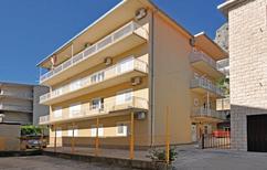 Appartement 1366201 voor 5 personen in Omiš