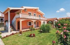 Ferienwohnung 1366253 für 4 Personen in Podgradina