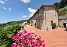 Ferienwohnung 1367362 für 8 Personen in Pieve di Compito
