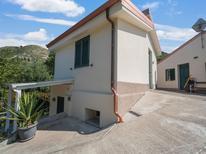 Appartement de vacances 1367689 pour 4 personnes , Gasponi