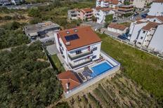 Ferienhaus 1369458 für 15 Personen in Stobrec