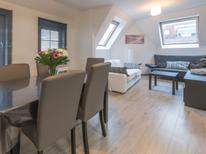 Appartement 1369762 voor 4 personen in De Haan