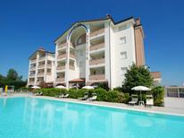 Ferienwohnung 1370268 für 6 Personen in Lido degli Estensi