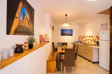 Ferienhaus 1370685 für 2 Erwachsene + 2 Kinder in Motovun