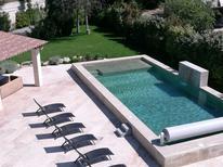 Ferienhaus 1371796 für 11 Personen in Pernes-les-Fontaines
